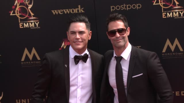 tom sandoval and jasonshane scott at the 2019 daytime emmy awards at pasadena civic center on may 05 2019 in pasadena california - daytime emmy preisverleihung stock-videos und b-roll-filmmaterial