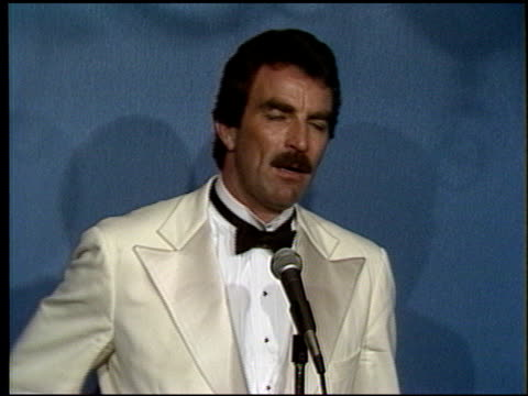 tom selleck at the 1986 emmy awards on september 21, 1986. - 1986 stock videos & royalty-free footage