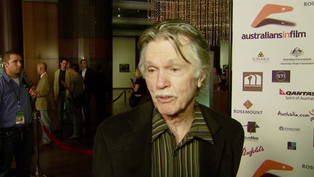 vídeos de stock, filmes e b-roll de tom skerritt on being friends with the film's director wanting to see the film a second time what he enjoyed most about it and daniel radcliffe's... - director's guild of america