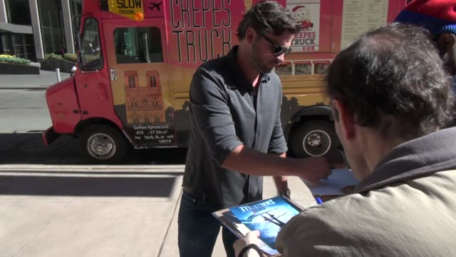 Tom Welling arrives at SiriusXM Satellite Radio signs for fans in Celebrity Sightings in New York