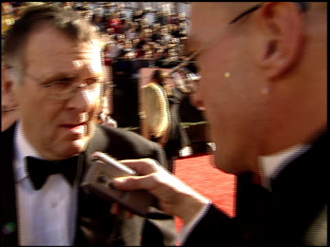 tom wilkinson at the 2002 golden globe awards at the beverly hilton in beverly hills, california on january 20, 2002. - トム ウィルキンソン点の映像素材/bロール