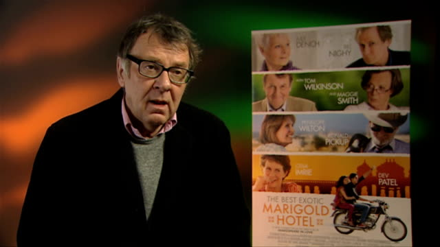 tom wilkinson on what attracted him to the project at the best exotic marigold hotel interviews at soho hotel on february 28, 2012 in london, england. - トム ウィルキンソン点の映像素材/bロール