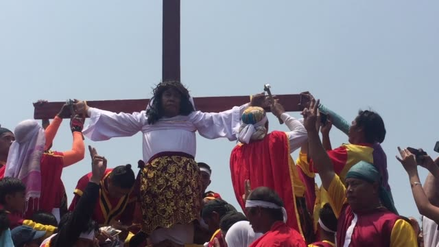 tomas vincent mondragon, 33 years old was crucified for the first time on the cross during the good friday actual crucifixion rites in kapitangan,... - crucified females stock videos & royalty-free footage