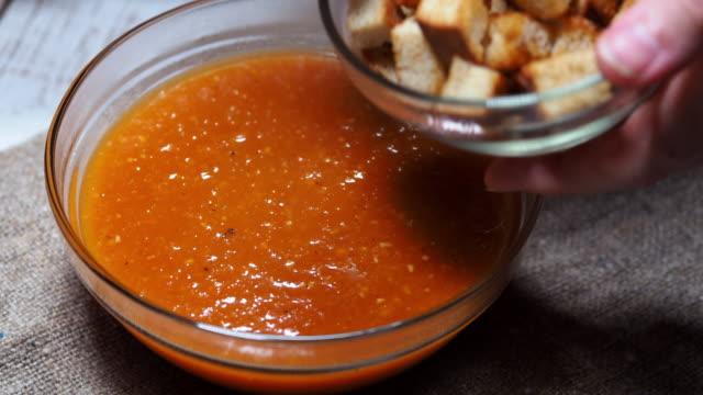 トマトスープ - スープ点の映像素材/bロール