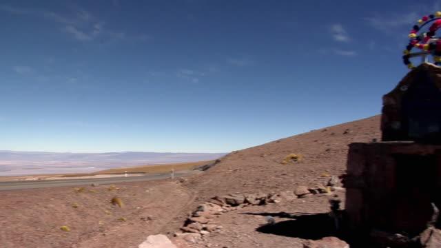 ws pan tomb desert landscape, san pedro de atacama, el loa, chile - san pedro de atacama stock videos & royalty-free footage