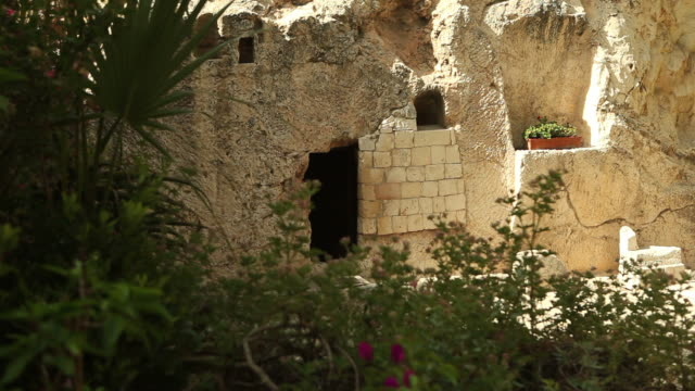hd tomb of jesus christ in jerusalem - tomb stock videos & royalty-free footage