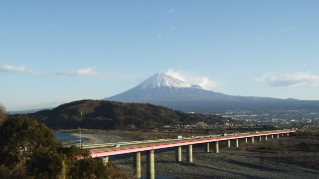 tomei expressway and mt. fuji in japan - shizuoka prefecture stock videos and b-roll footage