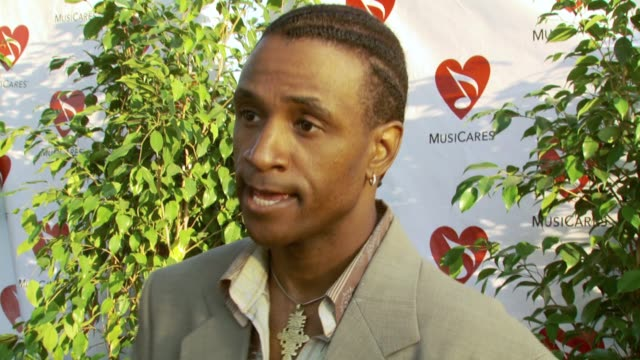 tommy davidson at the 3rd annual musicares map fund benefit concert at music box theater in hollywood california on may 11 2007 - benefit concert stock videos and b-roll footage
