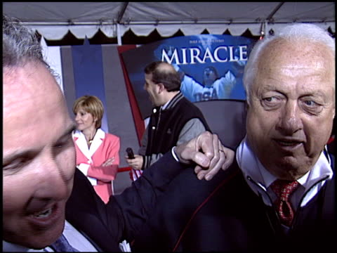 tommy lasorda at the 'miracle' premiere at the el capitan theatre in hollywood california on february 2 2004 - el capitan kino stock-videos und b-roll-filmmaterial