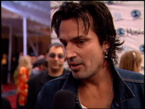 tommy lee at the my vh1 music awards at the shrine auditorium in los angeles, california on december 2, 2001. - shrine auditorium stock videos & royalty-free footage