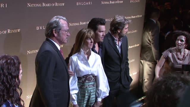 Tommy Lee Jones Annie Schulhof Javier Bardem and Josh Brolin at the 2007 National Board of Review of Motion Pictures Awards Gala at Cipriani 42nd...