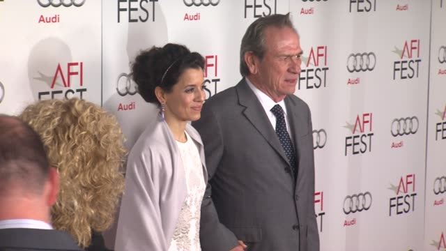 tommy lee jones at afi fest 2012 closing night gala world premiere of lincoln on 11/8/2012 in hollywood ca - 映画 リンカーン点の映像素材/bロール