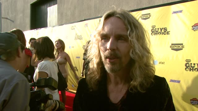 tommy shaw of styx on why they wanted to attend and who the song 'babe' is written for at the spike tv's guys' choice awards at radford studios in... - spike guys choice awards video stock e b–roll