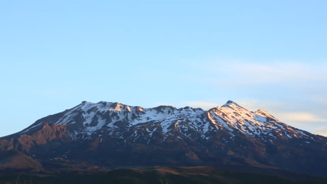 tongariro national park volcano at sunset, new zealand - tongariro national park stock videos & royalty-free footage