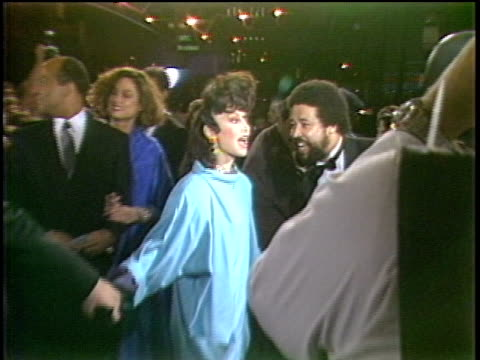 toni basil arriving to the first mtv video music awards in 1984 - mtv点の映像素材/bロール
