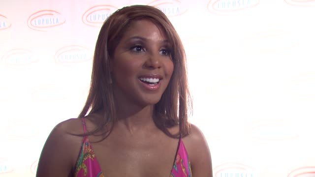 toni braxton on her personal connection to lupus performing at the event at the 9th annual lupus la orange ball at beverly hills ca - lupus la orange ball video stock e b–roll