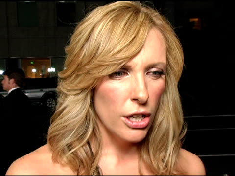 toni collette on her character and how she felt about her at the 'in her shoes' premiere at academy of motion picture arts & sciences in beverly... - academy of motion picture arts and sciences video stock e b–roll