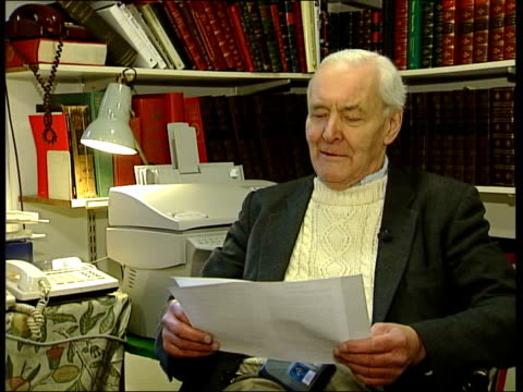tony benn mp sitting reading in office tony benn mp interviewed sot i felt humiliated that as a democrat who wants to elect the head of state i... - sinn fein stock videos & royalty-free footage