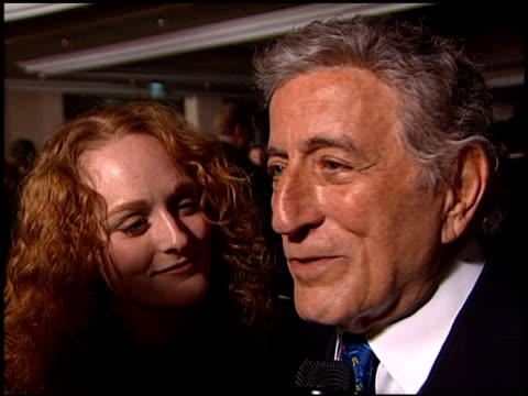vídeos de stock, filmes e b-roll de tony bennett at the clive davis' grammy awards party at the beverly hilton in beverly hills california on february 20 2001 - tony bennett