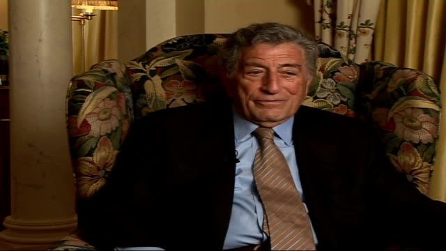 vídeos de stock, filmes e b-roll de tony bennett celebrates 80th birthday tony bennett interview sot talks about working with bono / he's done things that politicians say they will do... - tony bennett