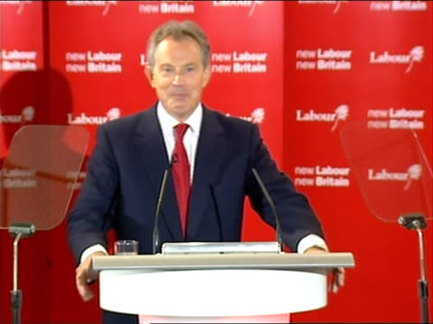 blair speech tony blair mp speech sot thank you thank you very much indeed it's a great privilege to be here with you again today and to thank all of... - john fortune stock-videos und b-roll-filmmaterial