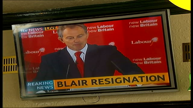 report from connaught square int setup joe mcguinness watching blair resignation speech on pub tv monitor and interview sot looking forward to... - publican stock videos & royalty-free footage