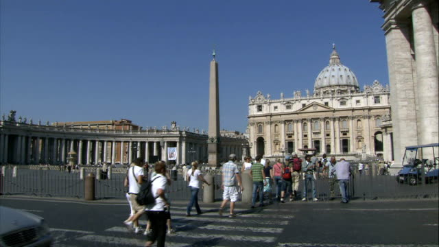 tony blair expect to convert to roman catholicism after resignation tx st peter's square - st peter's square stock videos & royalty-free footage
