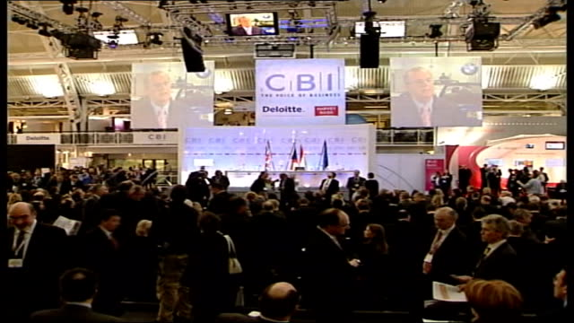 tony blair film 'a day in the life' file / tx islington business design centre delegates gathered for blair speech at cbi annual conference tilt up... - ein tag im leben stock-videos und b-roll-filmmaterial