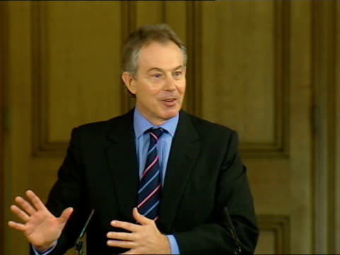 tony blair monthly press conference discussing low-income families; tony blair mp press conference sot - on idea of generalised social breakdown and... - one parent stock videos & royalty-free footage