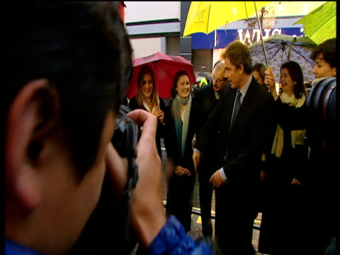 tony blair prime minister posing with young boy for press photographers 2000s - adolescence stock videos & royalty-free footage