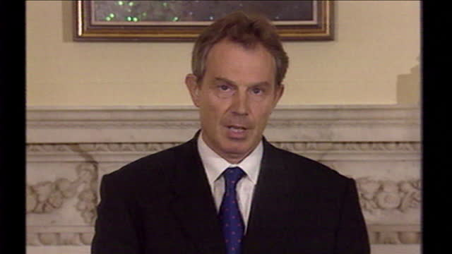 tony blair, speaking at a press conference, responds to the 9/11 terrorist attacks and speaking of democracy and unity with the united states of... - evil stock videos & royalty-free footage