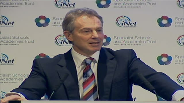 vídeos de stock e filmes b-roll de tony blair speech on education reforms; tony blair speech sot - education is the modern nation's infrastructure/ and there is no more regressive or... - 30 seconds or greater