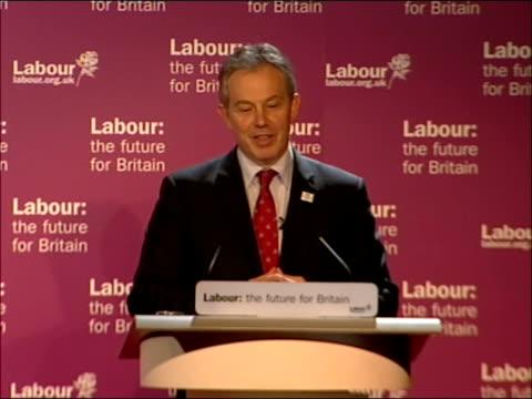 tony blair speech to labour youth conference in glasgow; scotland: glasgow: int * * beware flash photography * * tony blair mp speech sot - glasgow... - boys beware点の映像素材/bロール