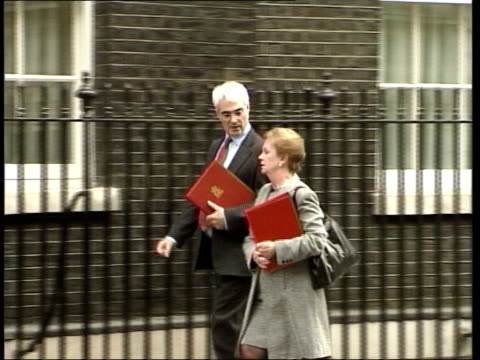Tony Blair stands firm after commons revolt ITN Downing Street Geoff Hoon MP arriving for Cabinet meeting PAN MS Alastair Darling MP and Helen...