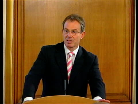 televised news conference; pool 10 downing street: tony blair mp press conference sot - the people are not anti-immigrants or anti-asylum seekers,... - ポピュリズム点の映像素材/bロール