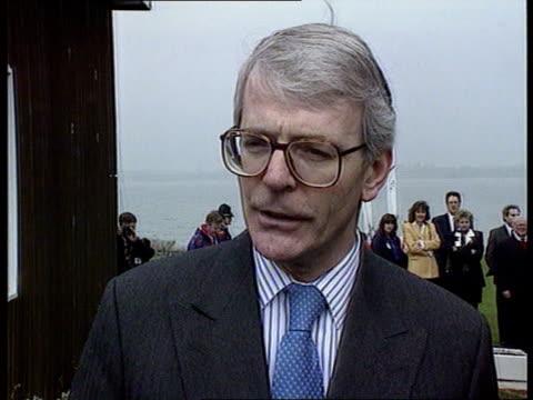 vídeos de stock e filmes b-roll de cambs: perry grafham water centre: side john major along l-r at water centre cms john major intvw sot - every experience we've had with every labour... - partido conservador britânico