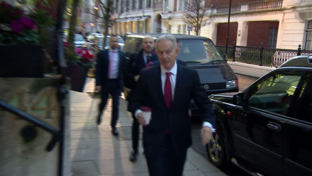 tony blair walking with aides - leadership stock videos & royalty-free footage
