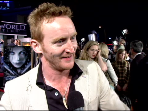 vídeos y material grabado en eventos de stock de tony curran on learning to be a vampire from ron perlman this as his first hollywood premiere and on his character's role in the plot of the sequel... - cinerama dome hollywood