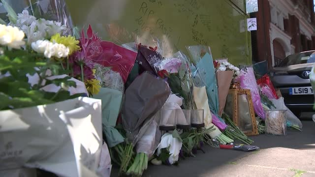 islington flower seller stabbed to death near his stall; england: london: islington: essex road: ext floral tributes and messages on flower stall... - salesman stock videos & royalty-free footage
