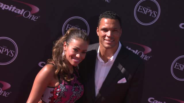 vídeos y material grabado en eventos de stock de tony gonzalez at the 2013 espy awards on 7/17/2013 in los angeles ca - premios espy