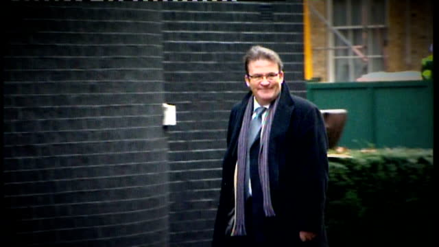 tony mcnulty defends expenses claim on parents' house lib london downing street tony mcnulty mp arriving at number 10 - tony mcnulty stock videos & royalty-free footage