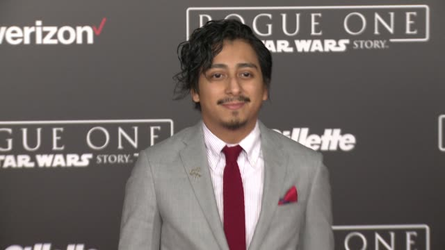 """vídeos de stock, filmes e b-roll de tony revolori at """"rogue one: a star wars story"""" world premiere at the pantages theatre on december 10, 2016 in hollywood, california. - série de filmes star wars"""