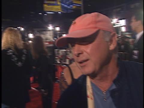 vídeos y material grabado en eventos de stock de tony scott at the spy game premiere at westwood in westwood ca - westwood