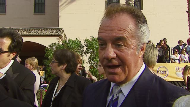 vidéos et rushes de tony sirico on the event being honored by his peers the last season of the sopranos at the 2007 screen actors guild sag awards at the shrine... - en dernier