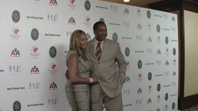 tonya winfield and dave winfield at the 29th annual the gift of life gala at the hyatt regency century plaza hotel in beverly hills, california on... - hyatt regency stock videos & royalty-free footage