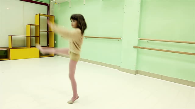 too cute little girl dancing modern ballet - pirouette stock videos and b-roll footage