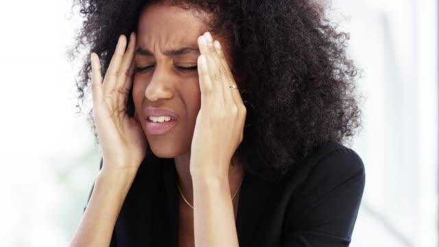vidéos et rushes de trop de stress n'est jamais bon - lumière vive