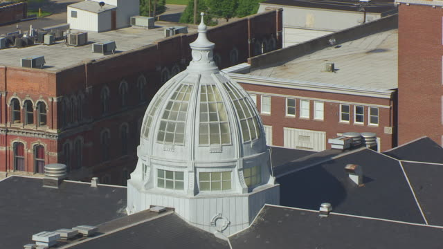 CU AERIAL DS Top of Buchanan County Courthouse / St Joseph, Missouri, United States