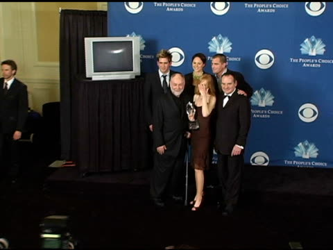 eric szmanda, jorja fox, george eads, front row: robert david hall, marg helgenberger and paul guilfoyle at the 2005 people's choice awards photo... - marg helgenberger stock videos & royalty-free footage