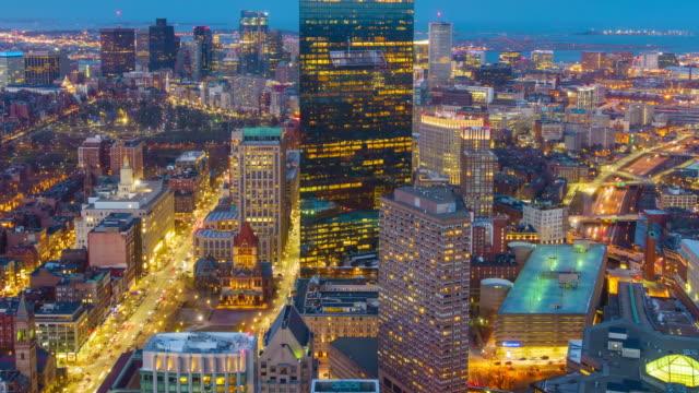aufsicht von boston stadt zentrum bei nacht - boston stock-videos und b-roll-filmmaterial